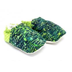 Chaussons bébé souples vert et poissons