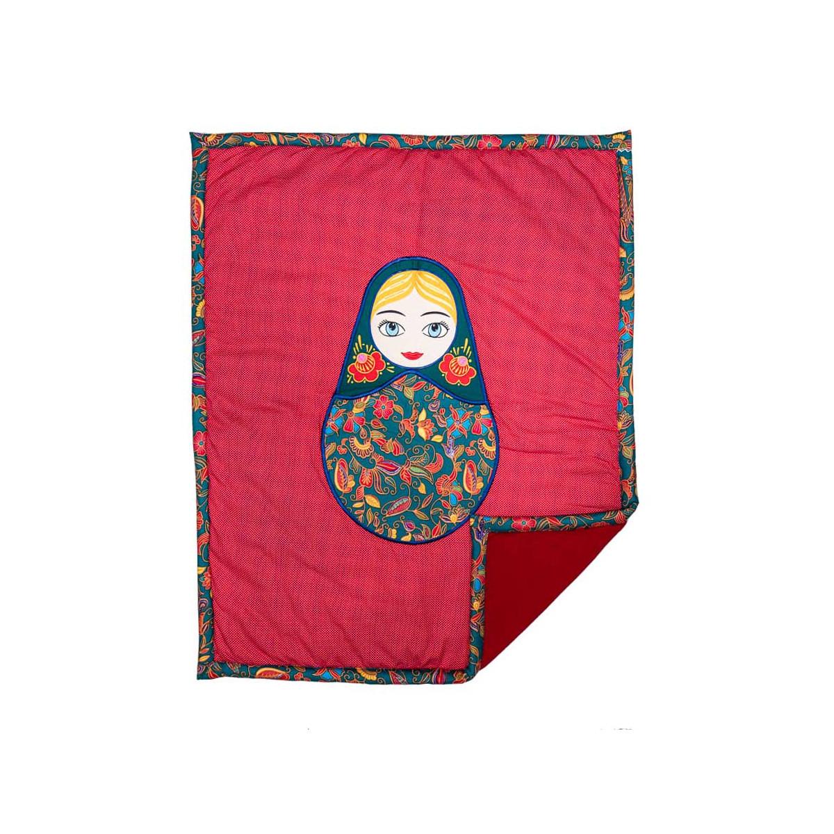 Couverture coton polaire bébé fille rouge avec Matriochka poupée russe brodée
