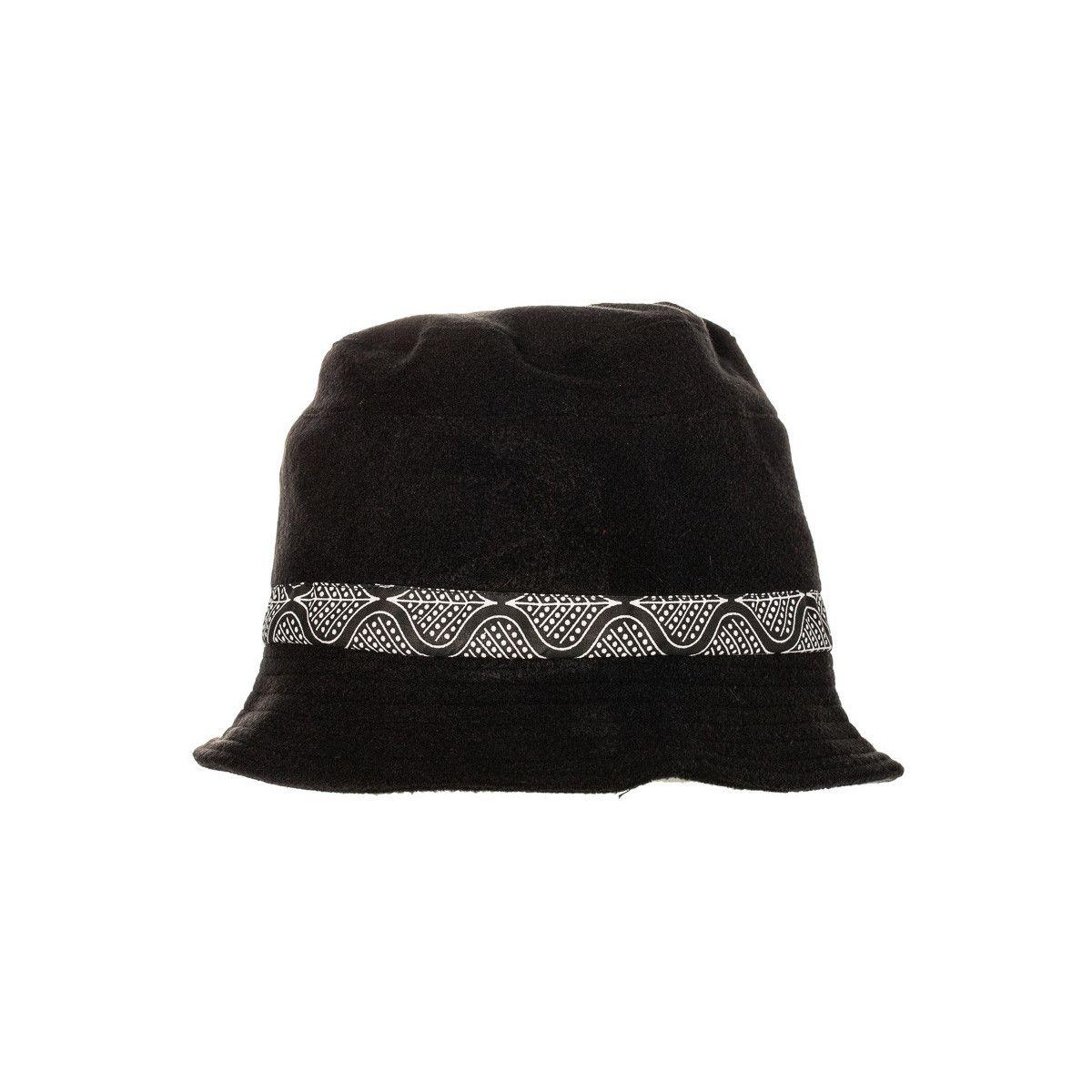 Chapeau polaire noir et blanc