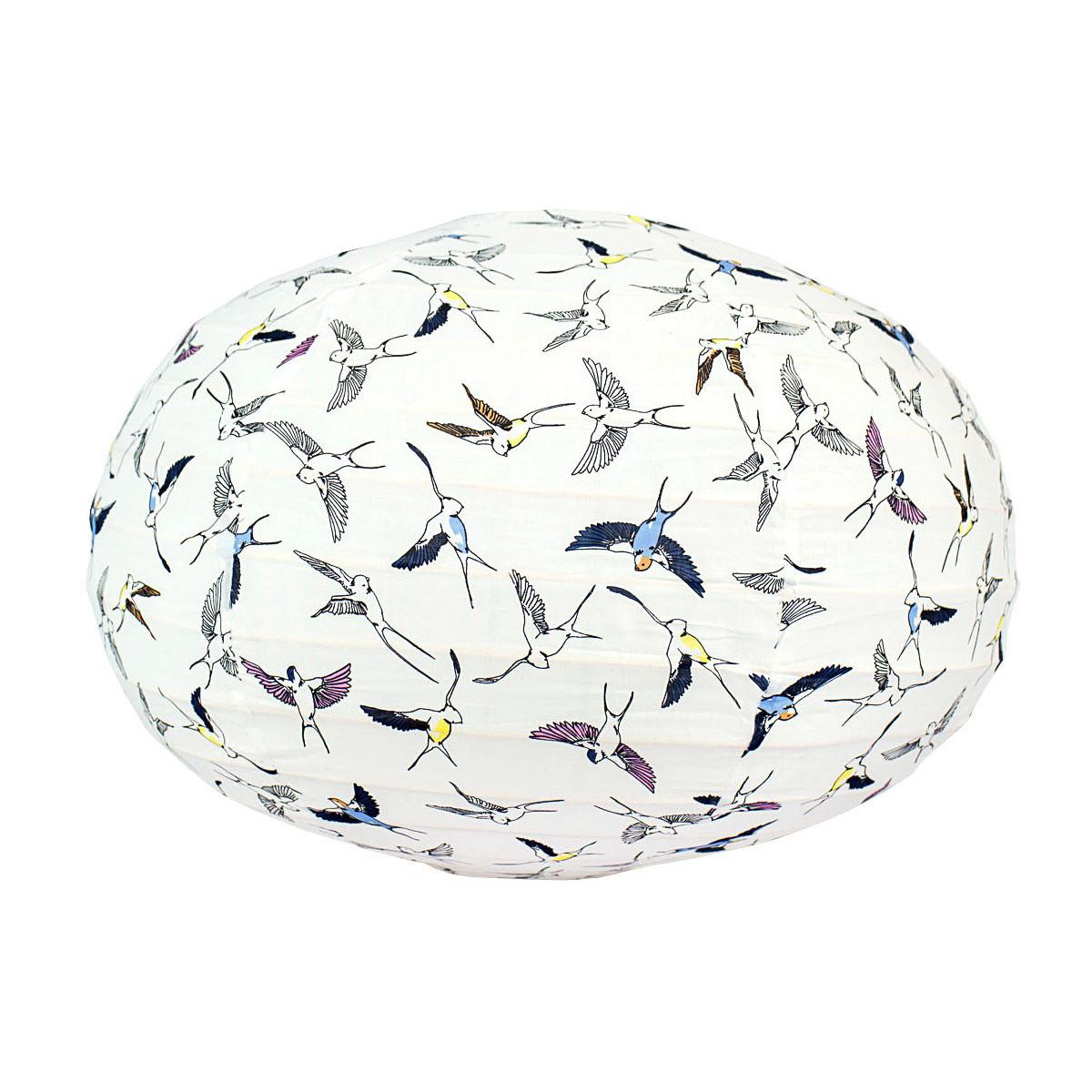 Lampion tissu boule japonaise ovale blanc et oiseaux hirondelles