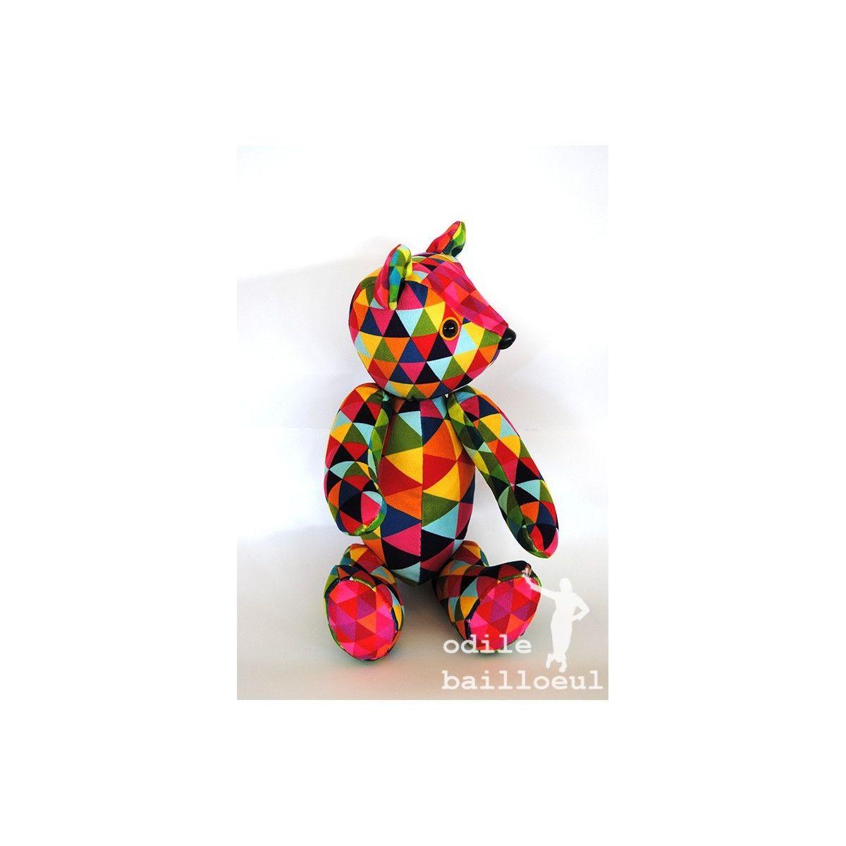 Kit ours articulé à coudre triangles multicolores