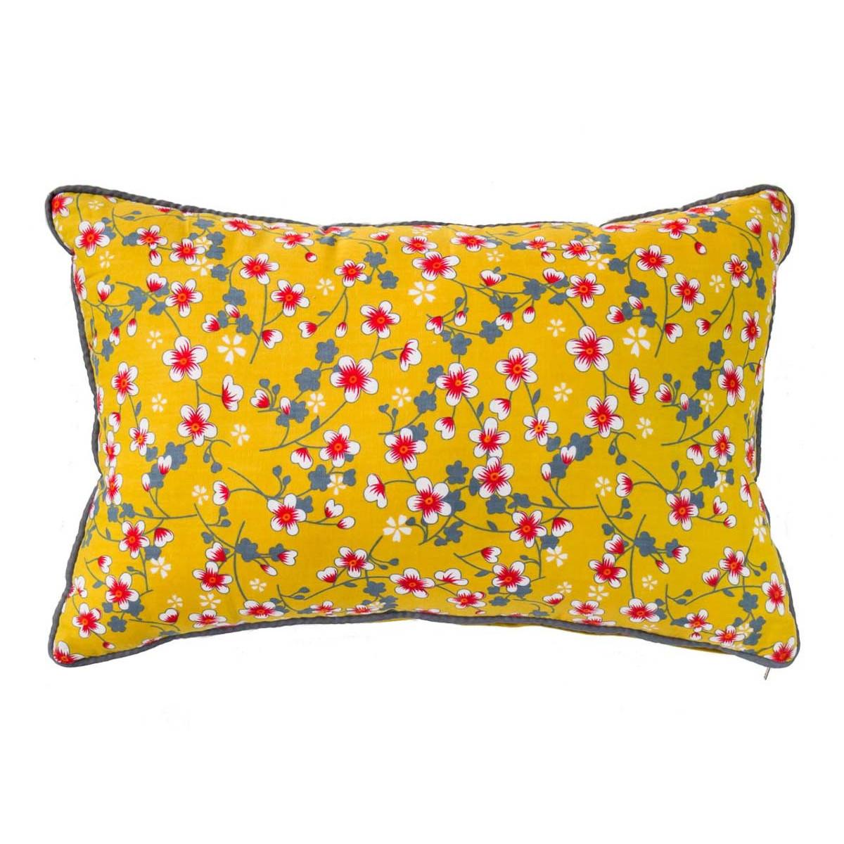 Petit coussin rectangle déhoussable jaune moutarde et fleurs cerisiers