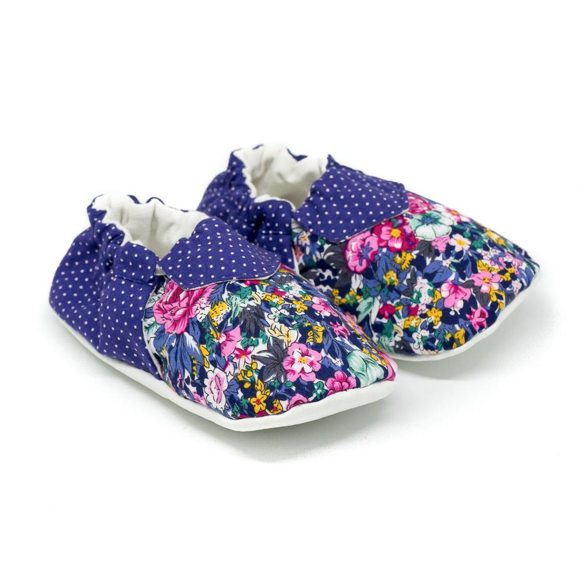 Chaussons bébé souples 0-24 mois bleu pois et fleurs