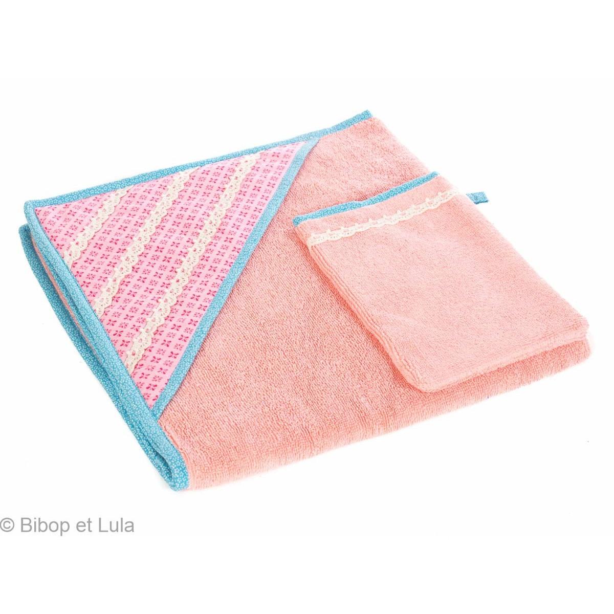 Cape de bain bébé rose