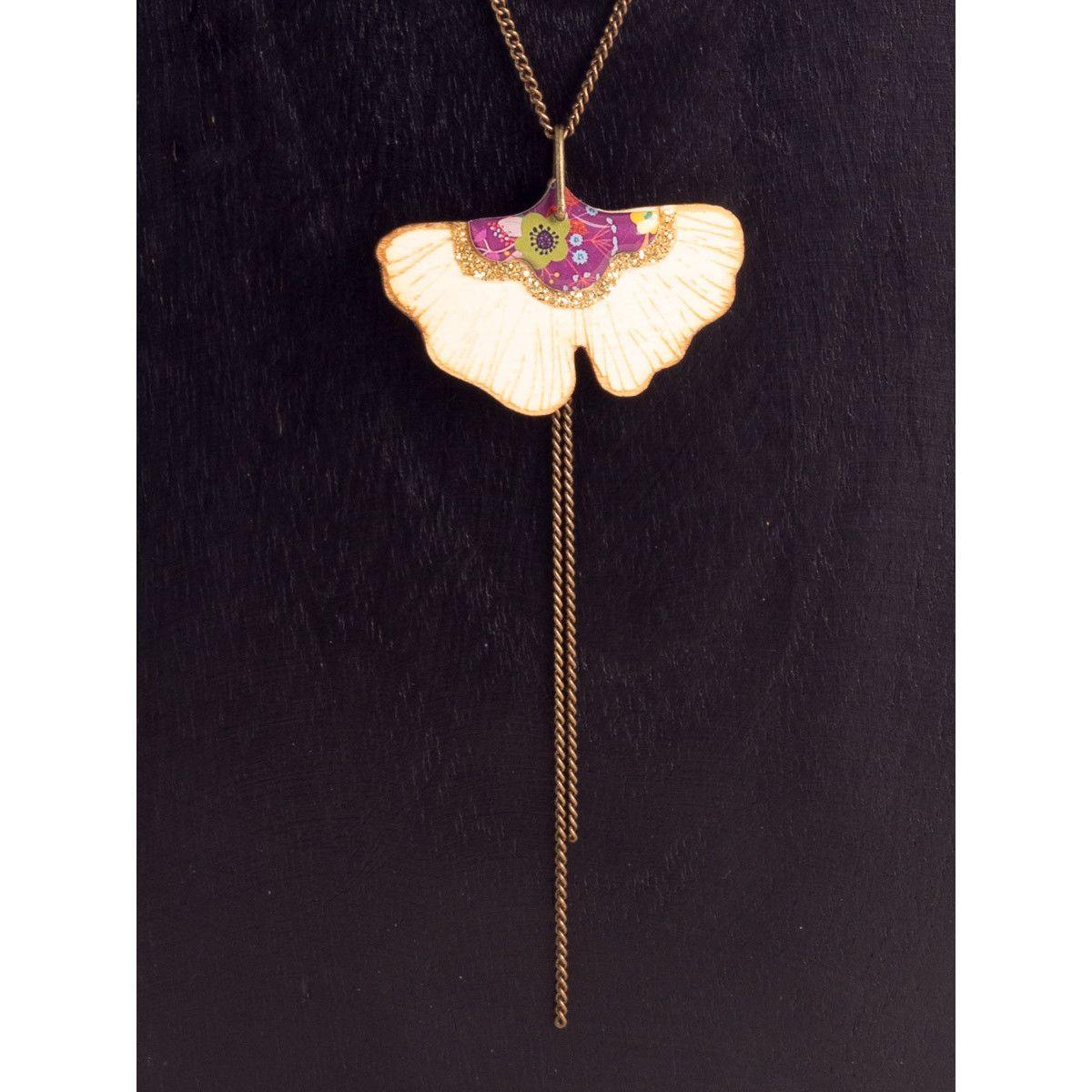 SAUTOIR GINKGO ,Collier 2 longueurs, pendentif Bouquet