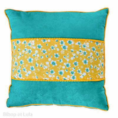 Coussin carré Akiko Bouton d'Or